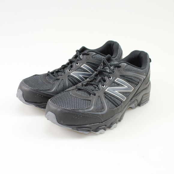 New Balance 42 Trail Running Shoes Size